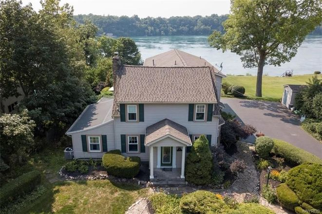 Renovated 4-Bedroom House In Lewiston