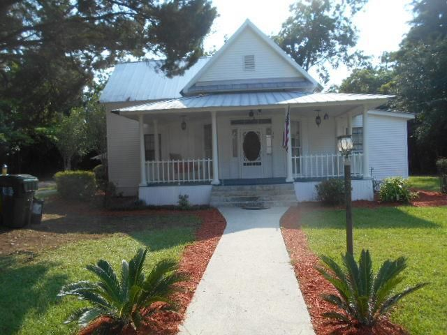 2-Bedroom House In Cecil