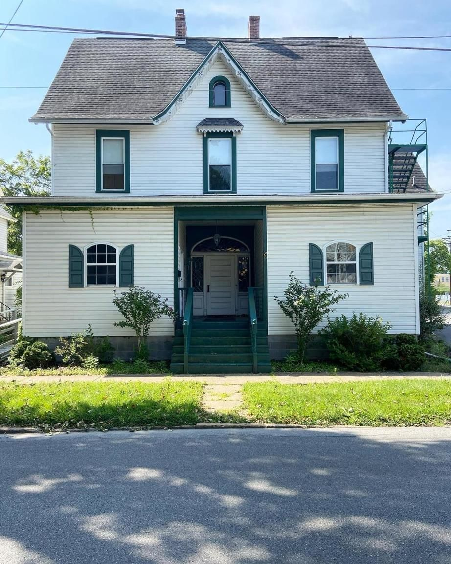 9-Bedroom House In Clearfield