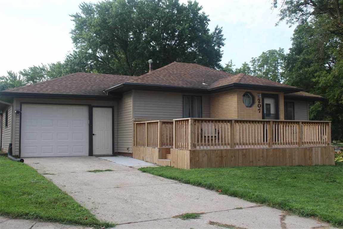 Remodeled 2-Bedroom House In Wall Lake