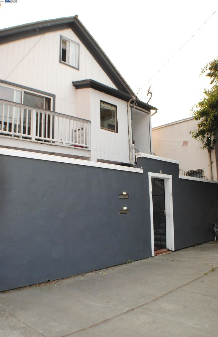 House In Downtown Oakland
