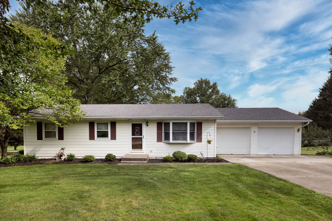 Updated 3-Bedroom House In Valley View