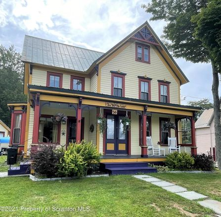 Renovated 4-Bedroom House In Montrose