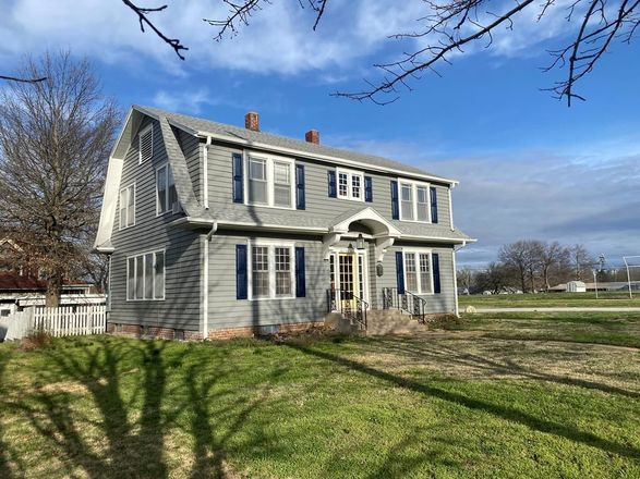 2386 SqFt House In Independence