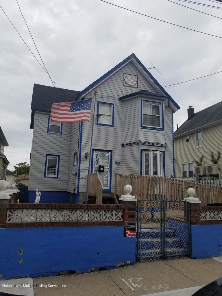 Multi-Family Home In Mariners Harbor