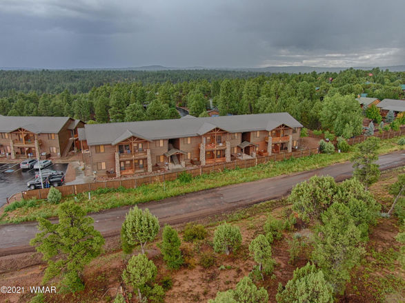 977 SqFt House In Cottages At Bison Ridge