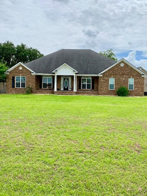 4-Bedroom House In Creed Plantation