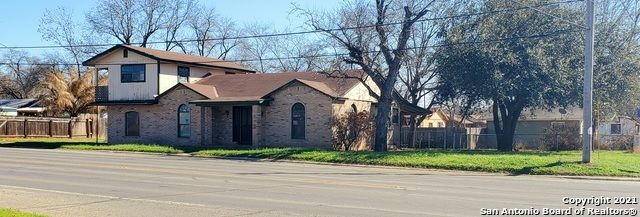 3-Bedroom House In Pearsall
