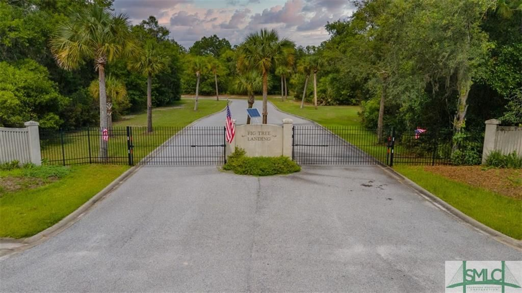Lot In Midway