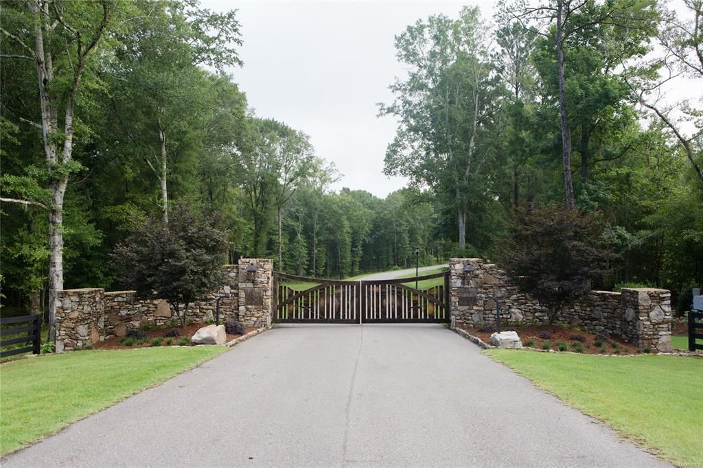 Stately Private Lot