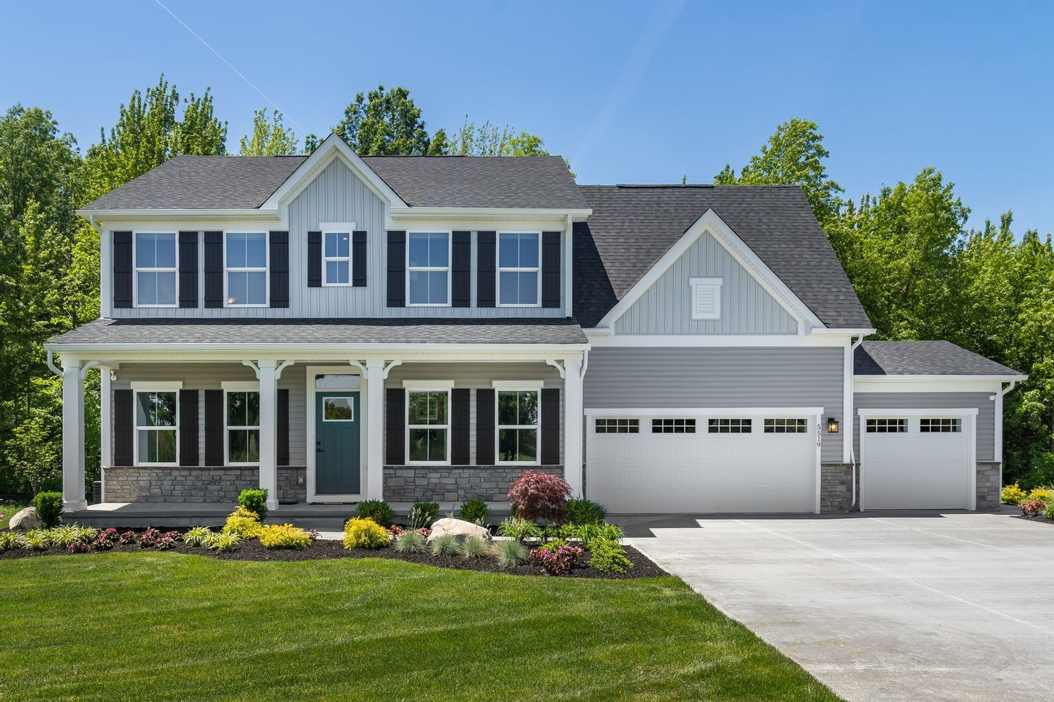 Ready To Build Home In Blackthorne Estates Community