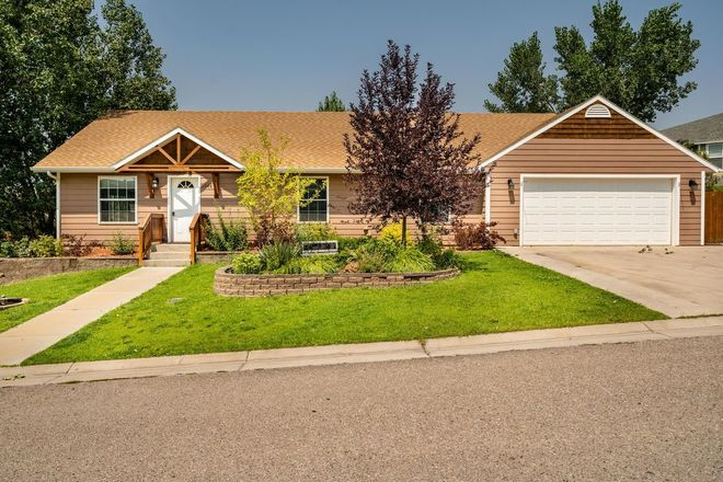 Upgraded 4-Bedroom House In Mesa View Estates