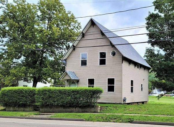 Renovated 3-Bedroom House In Addison