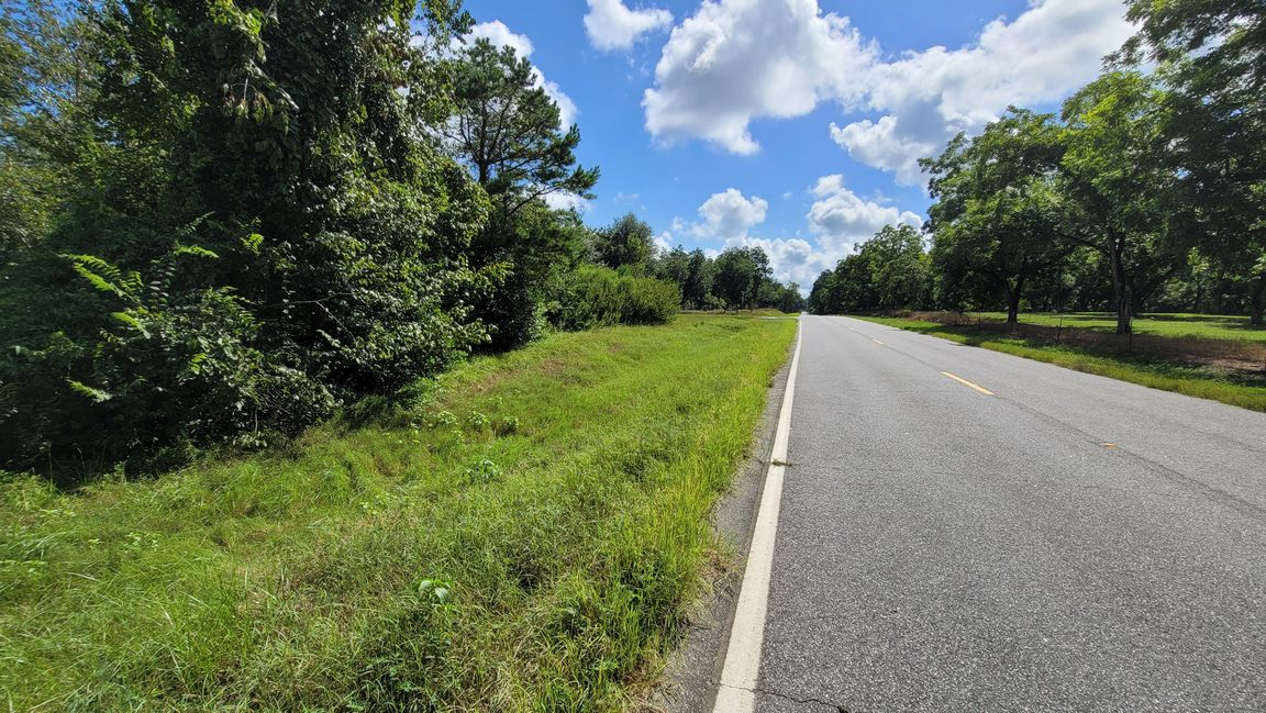 Lot In Rolling Acres