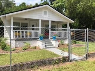 Renovated 3-Bedroom House In New Town