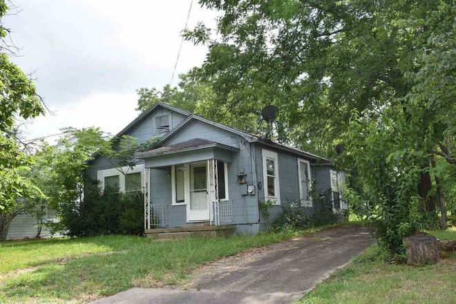 1-Story House In Clarksville