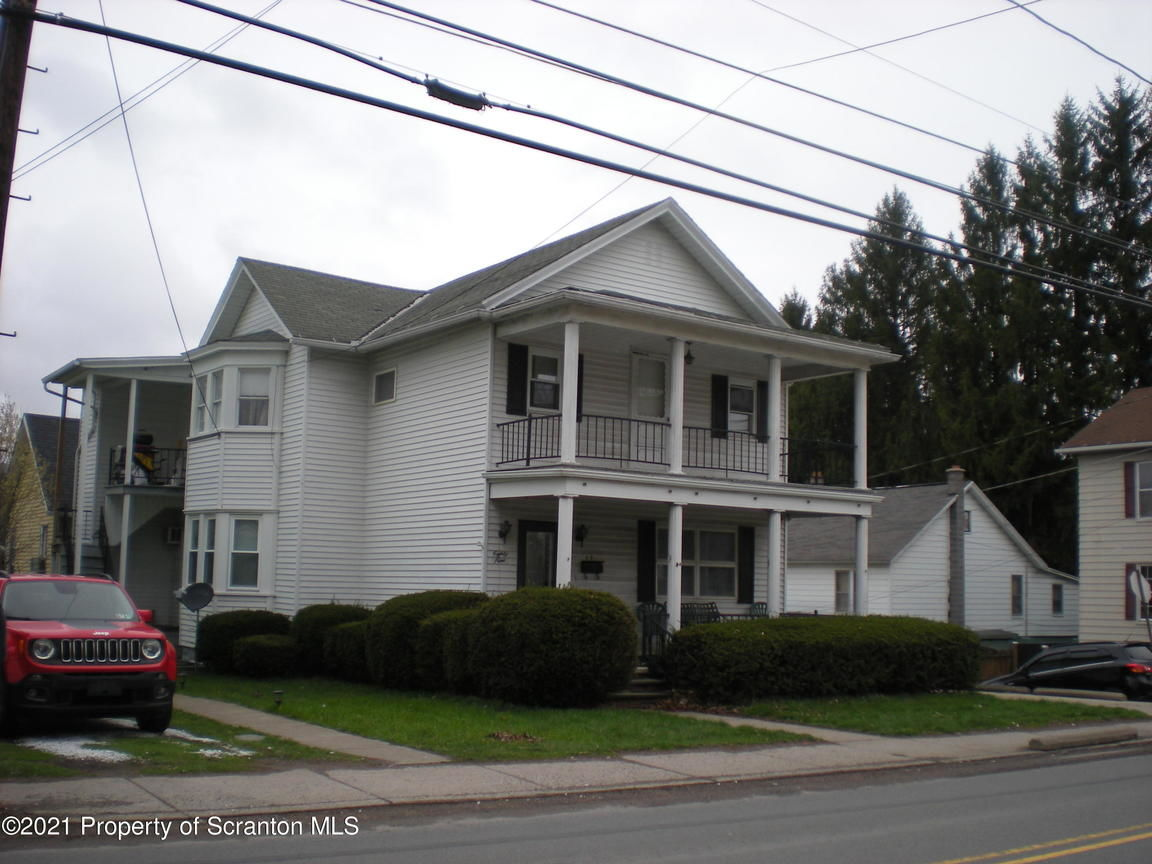 Multi-Family Home In Carbondale