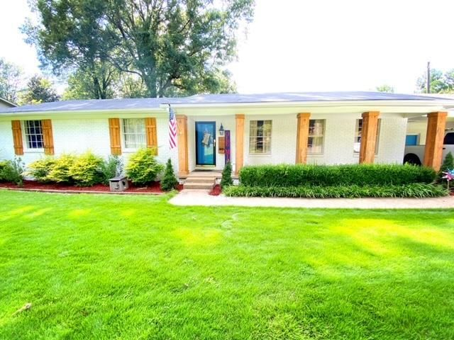 Updated 3-Bedroom House In Sunrise Hill
