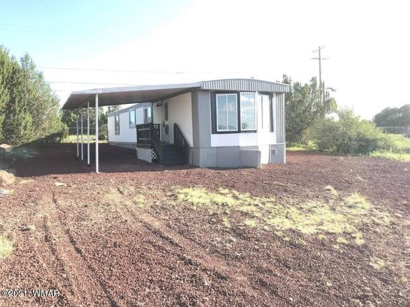 Updated 2-Bedroom Mobile Home In White Mountain Lakes