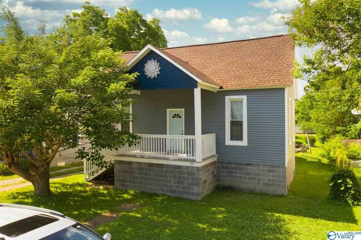 Remodeled 1-Bedroom House In Lincoln Mill District
