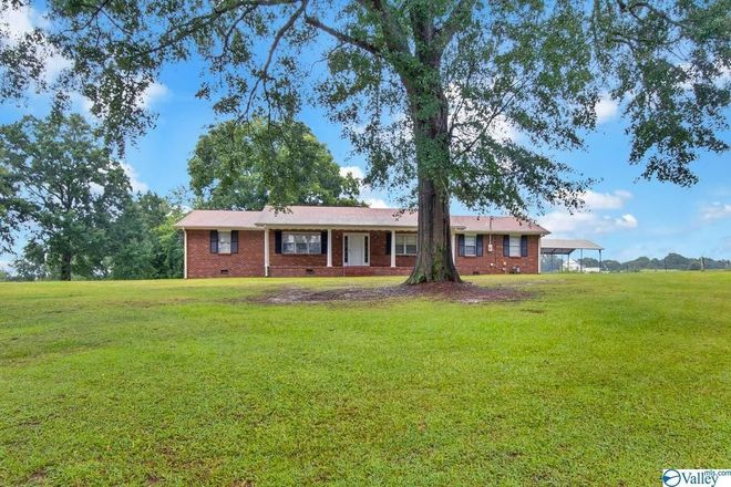 Refinished 3-Bedroom House In Hartselle