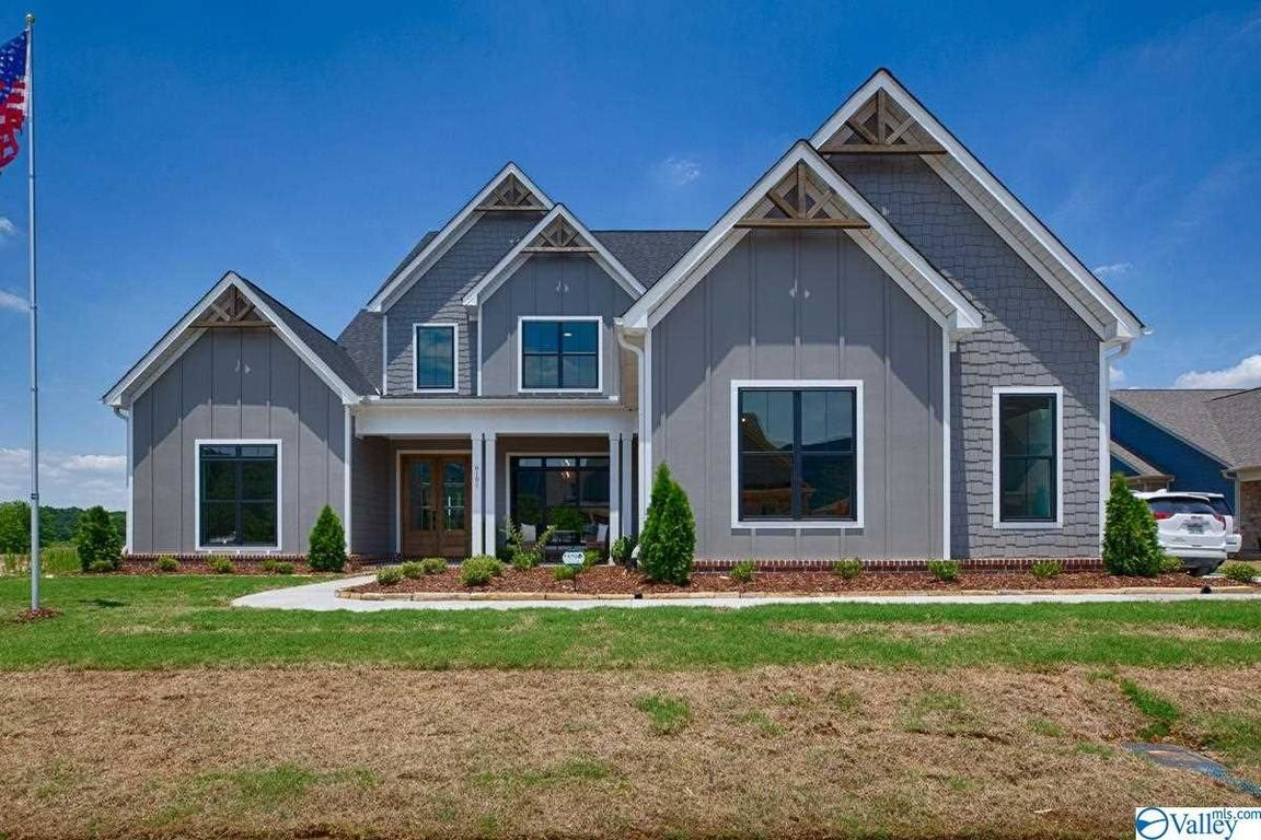 5-Bedroom House In The Meadows At Hampton Cove