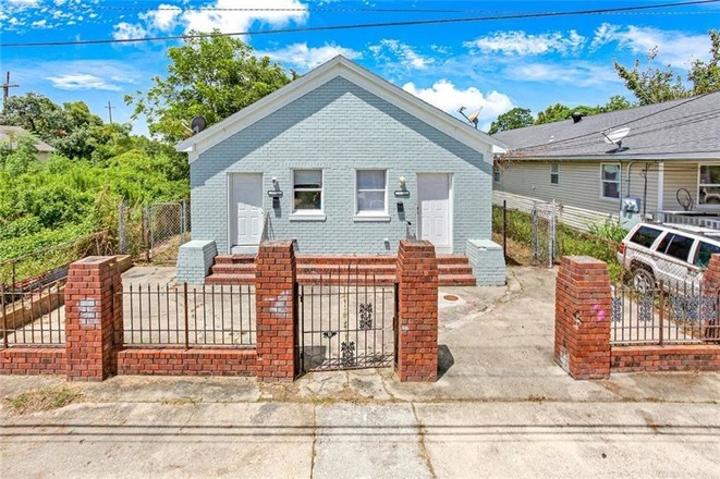 Multi-Family Home In Bywater