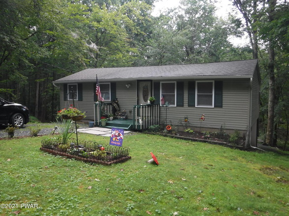 2-Bedroom Mobile Home In Dingmans Ferry