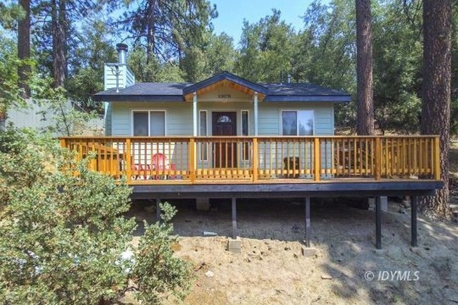Remodeled 2-Bedroom House In Pine Cove