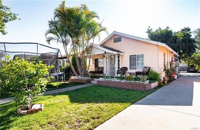 Multi-Family Home In South Gate