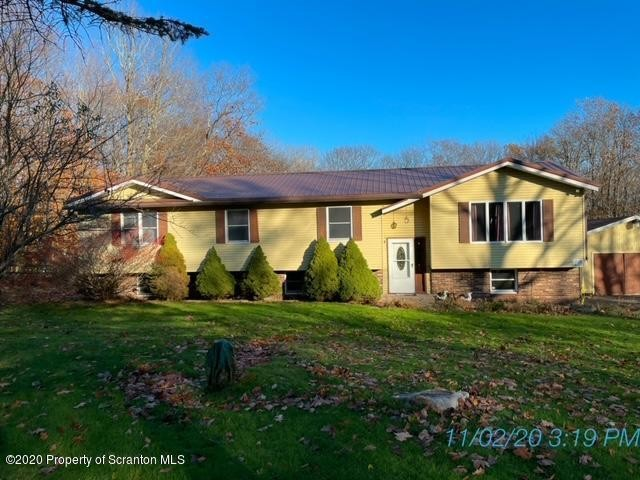 2305 SqFt House In Forest City