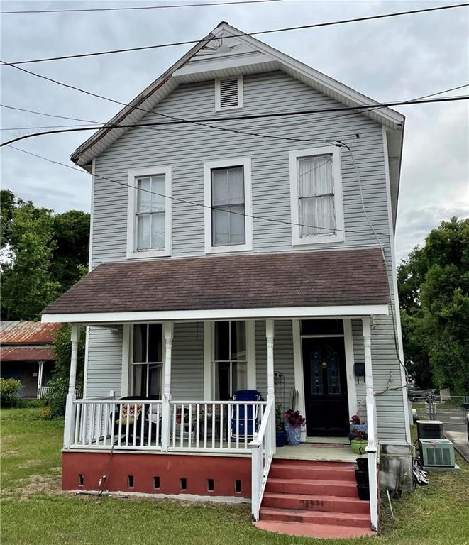 5-Bedroom House In Old Town