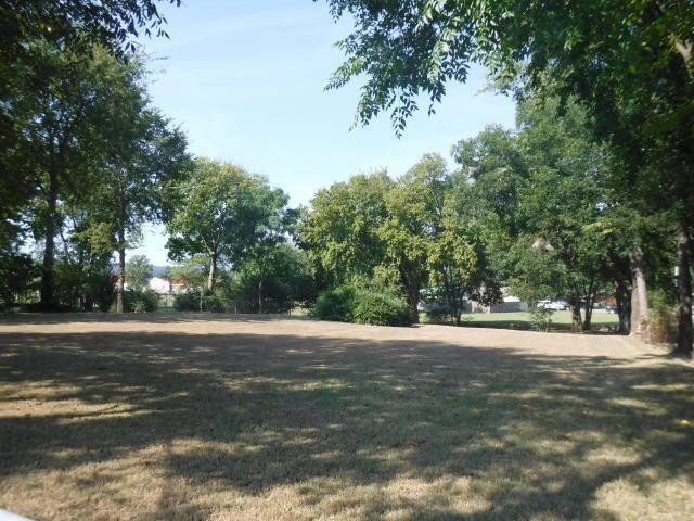 Lot In Russellville