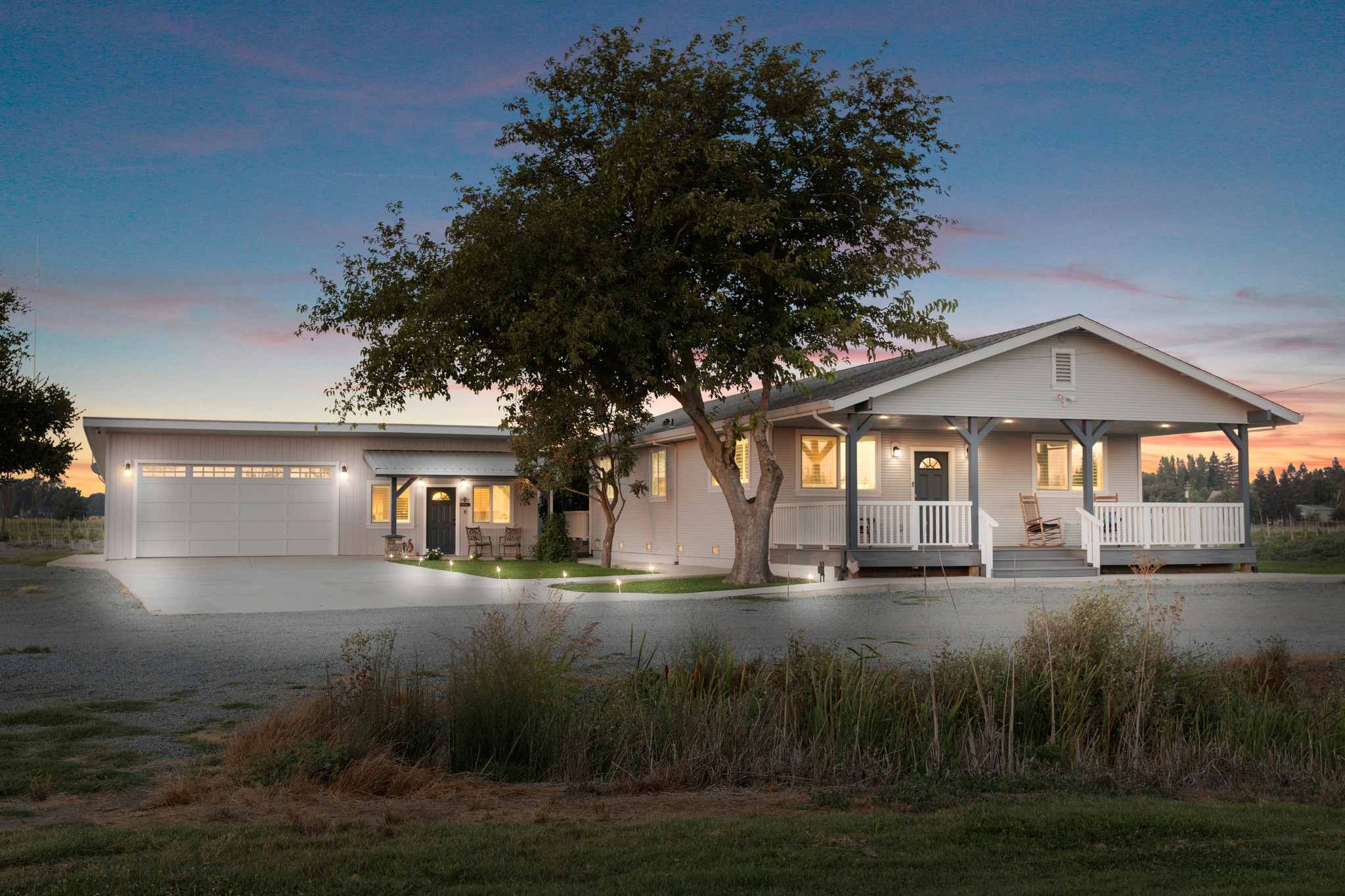 Renovated 2-Bedroom House In Clampett