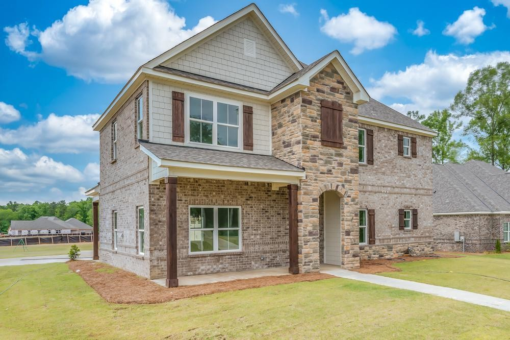 Move In Ready New Home In Mulberry Grove Community