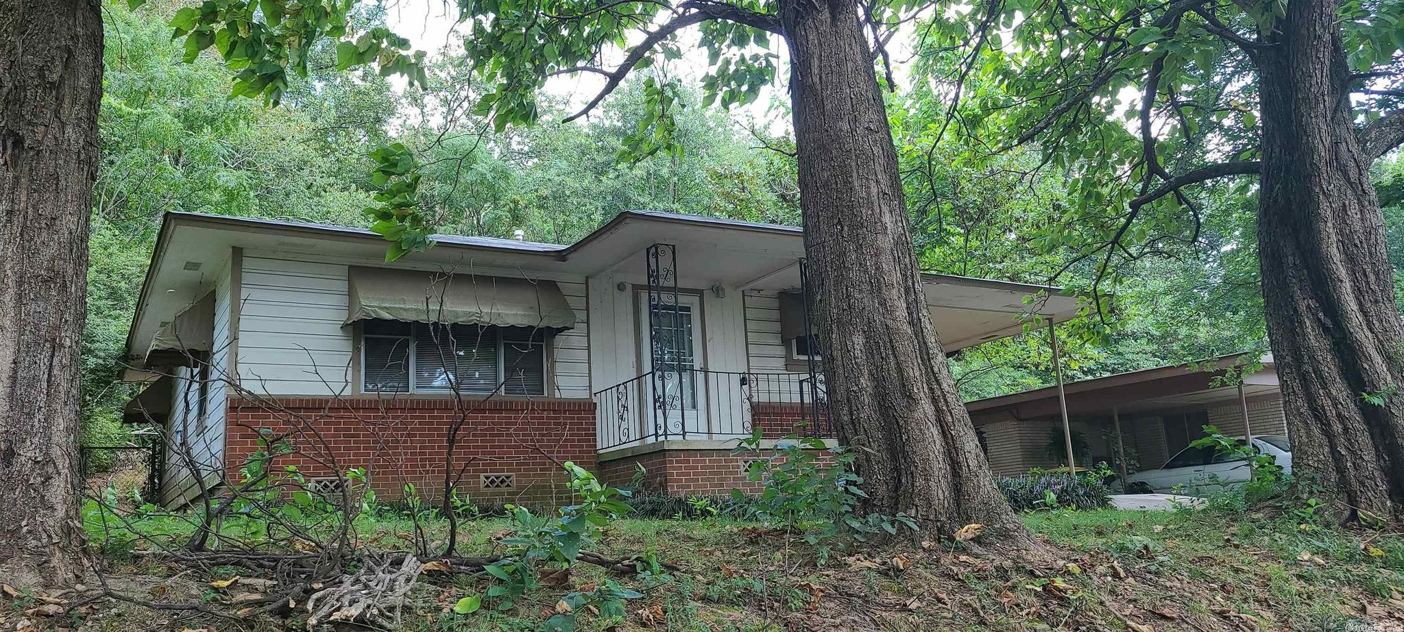 Remodeled 2-Bedroom House In Park Hill