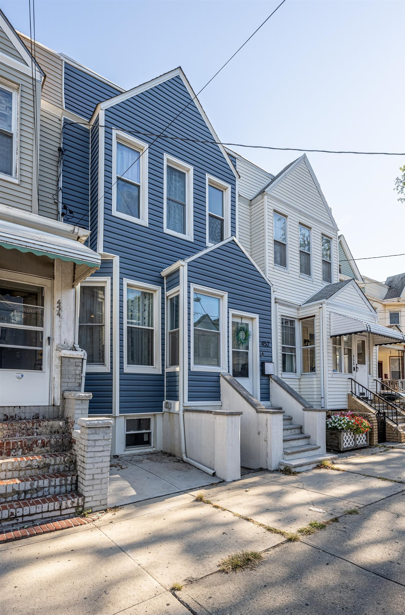 Sophisticated 3-Bedroom House In Journal Square