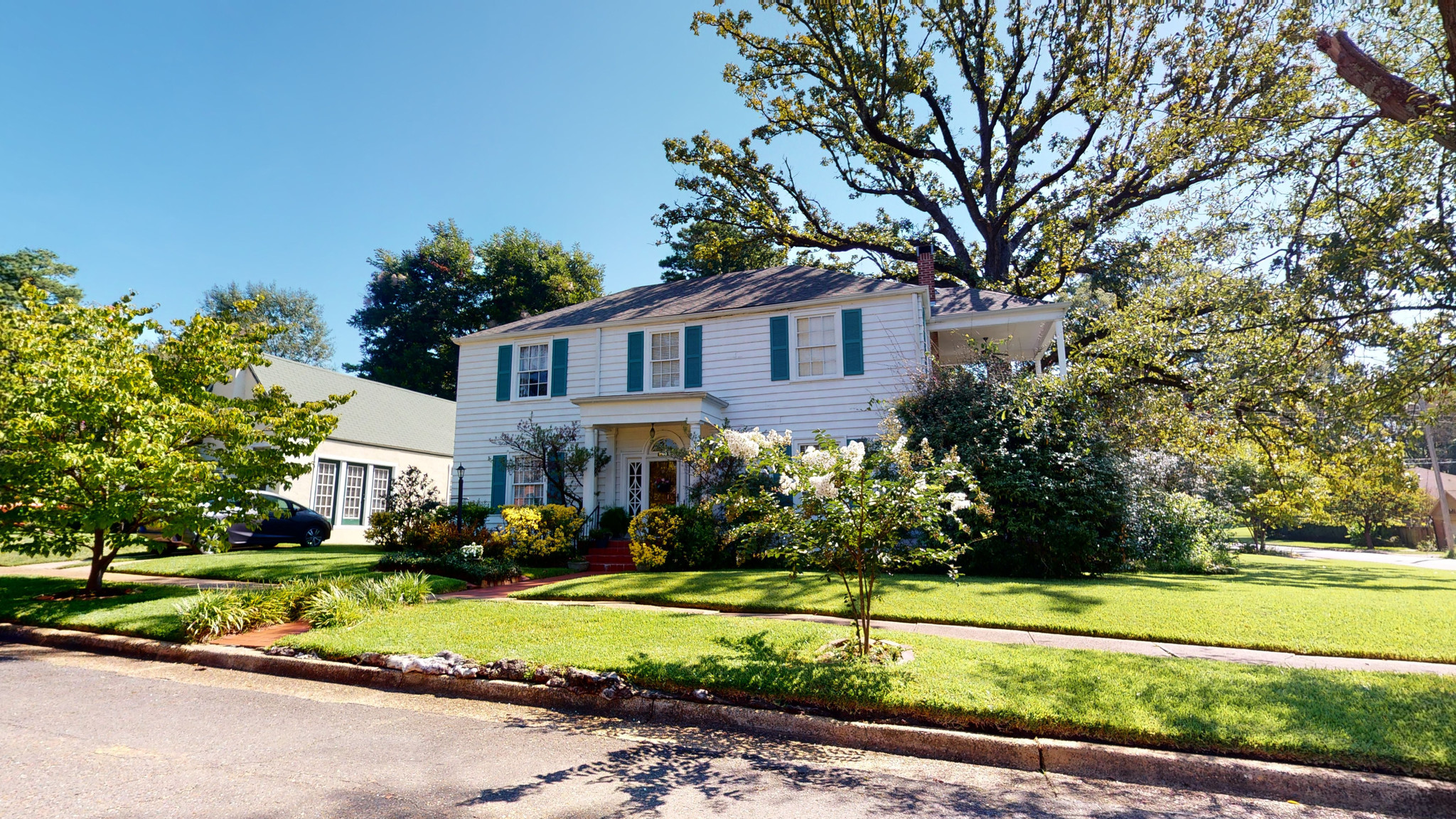 4-Bedroom House In Smith Burke Historic District