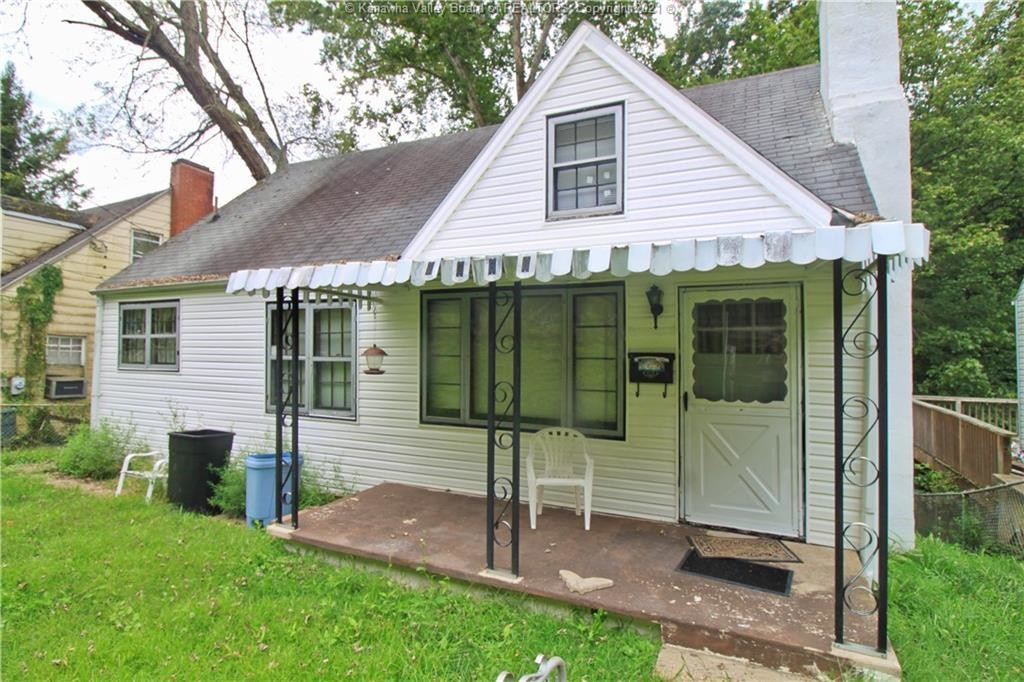 Upgraded 3-Bedroom House In North Charleston