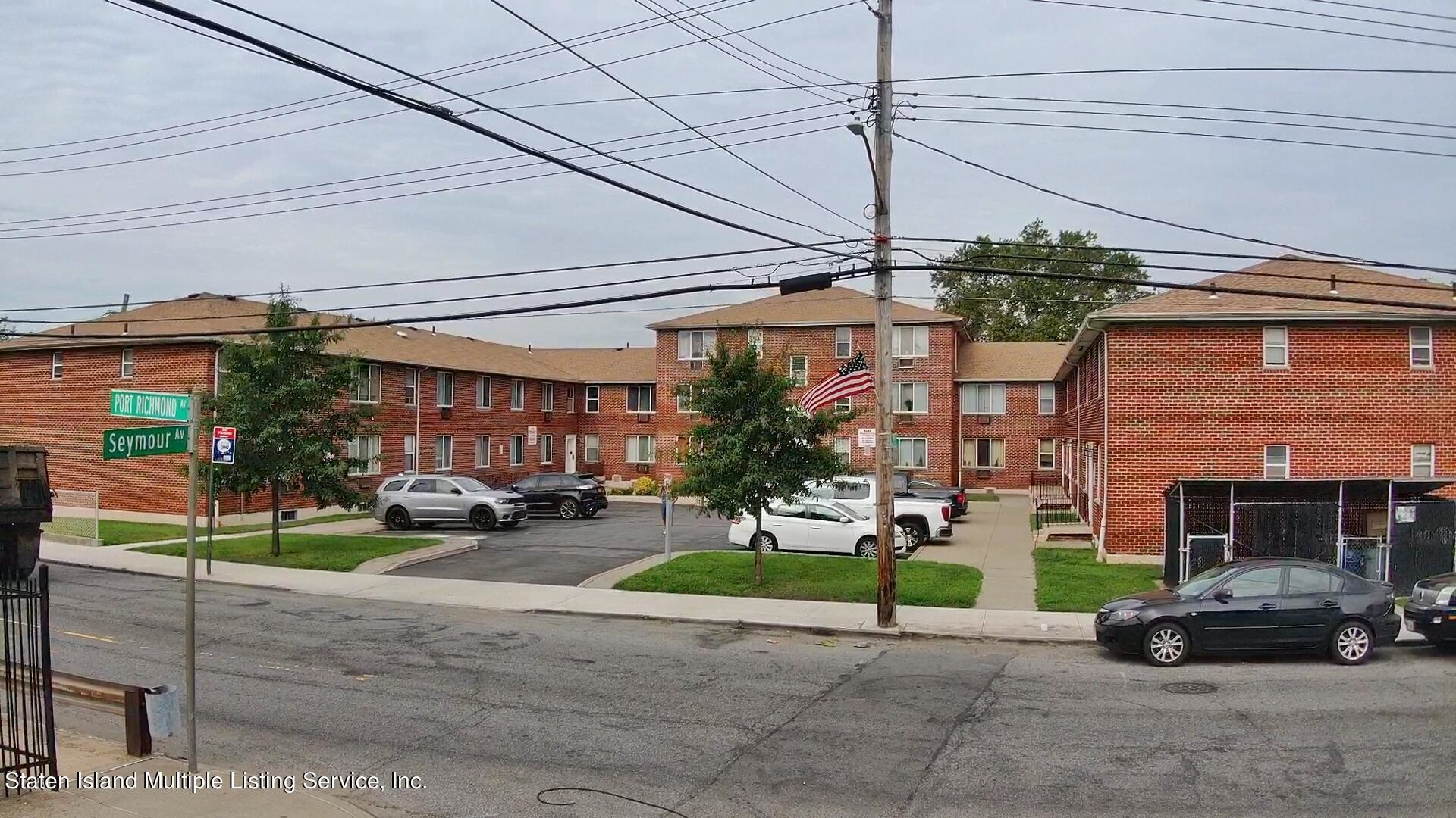 2-Story Multi-Family Home In Staten Island