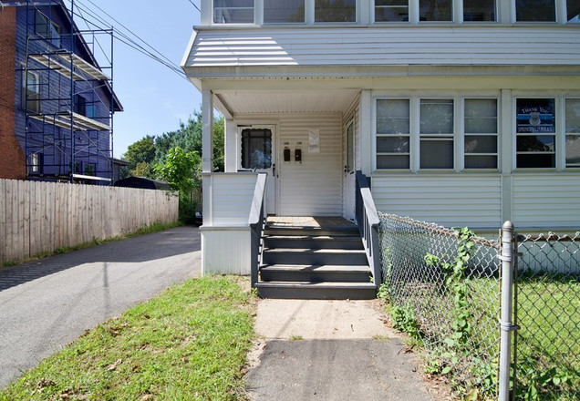2-Story Multi-Family Home In Springfield