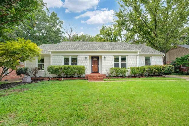Renovated 3-Bedroom House In Normandy Meadows East