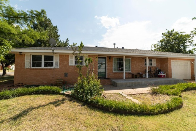 1940 SqFt House In Pampa