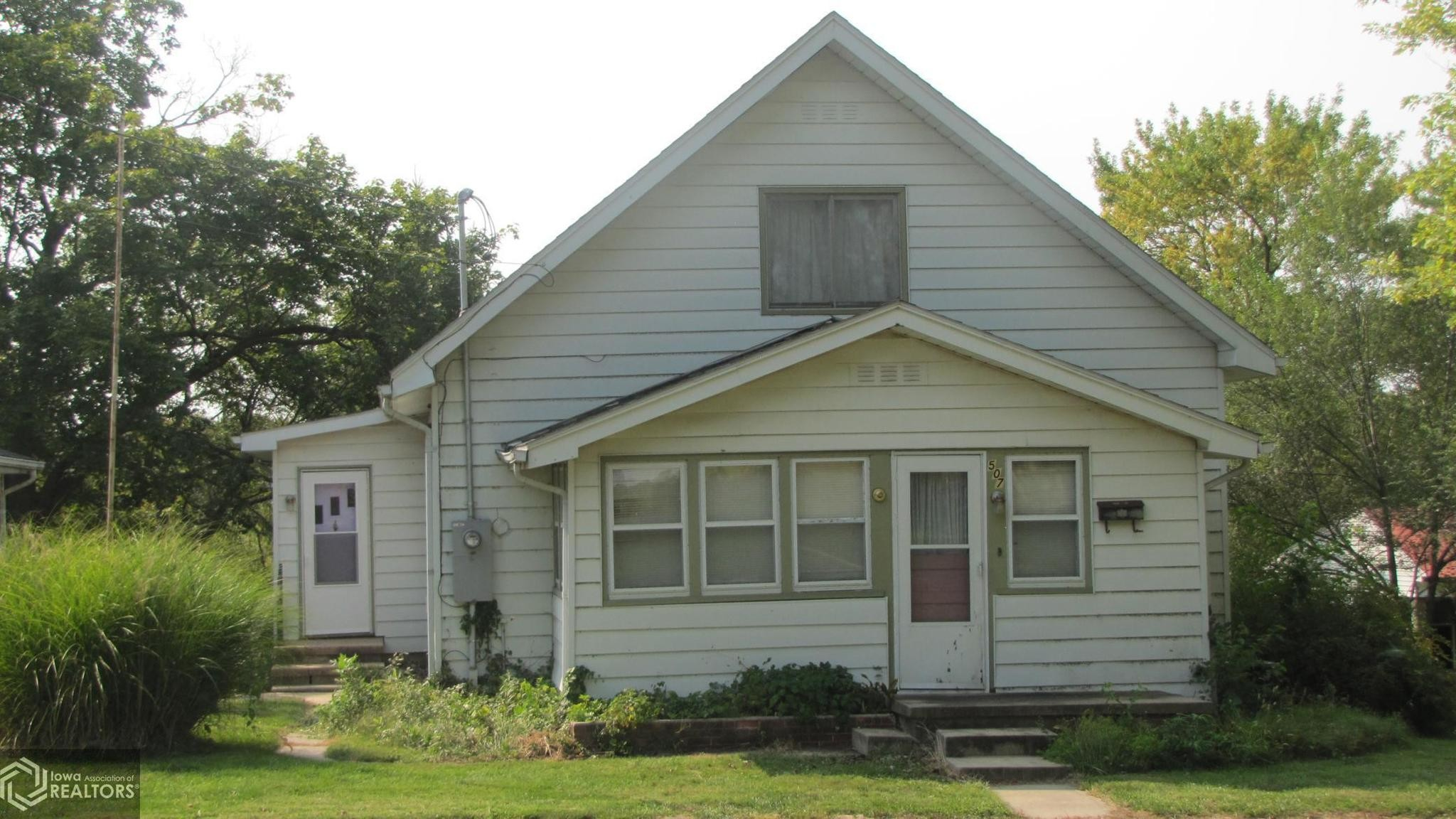 House In Mount Ayr