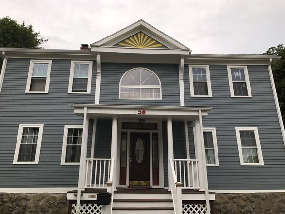 Stately 5-Bedroom House In West Street River Street