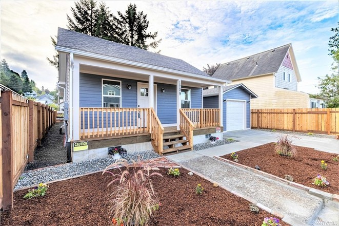 Renovated 3-Bedroom House In Raymond