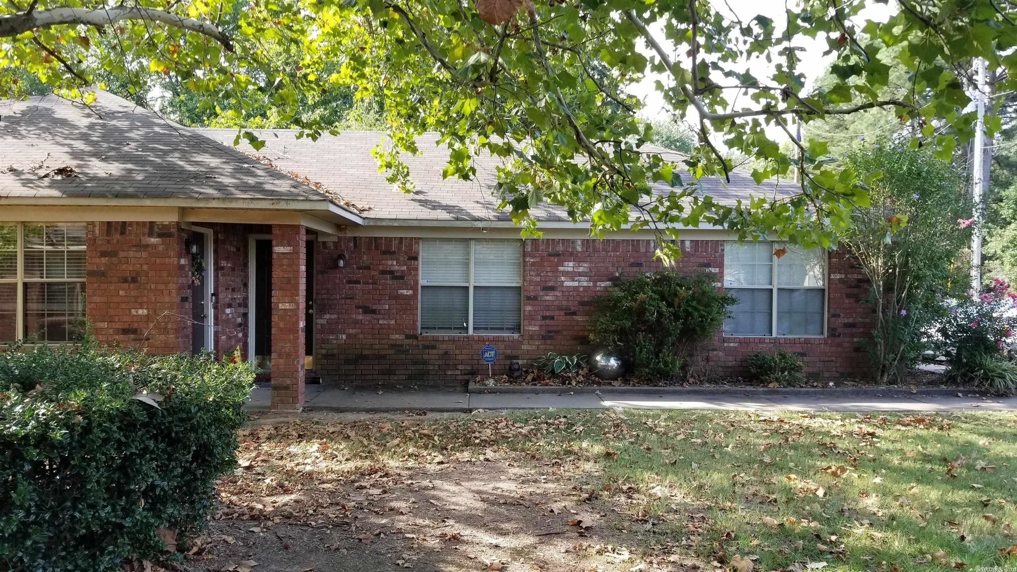 Multi-Family Home In Conway