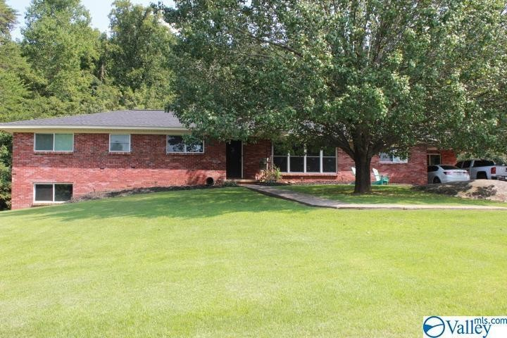 5-Bedroom House In Fort Payne
