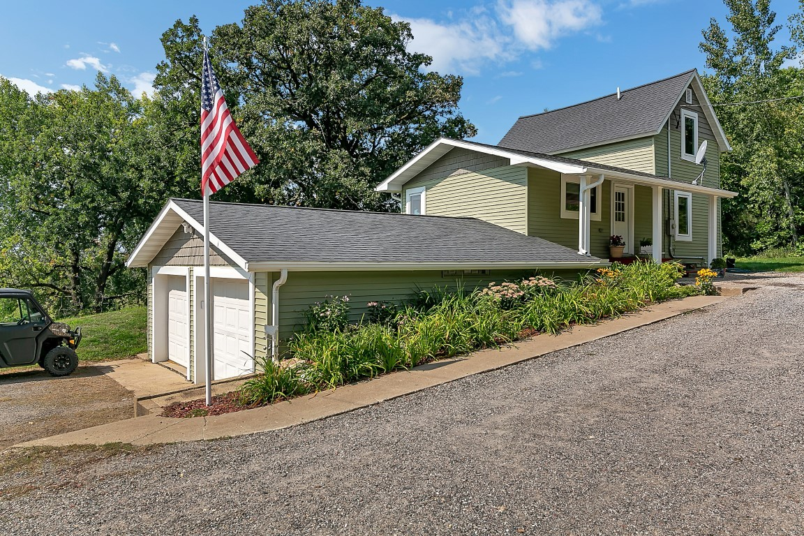 Updated 3-Bedroom House In Cold Spring