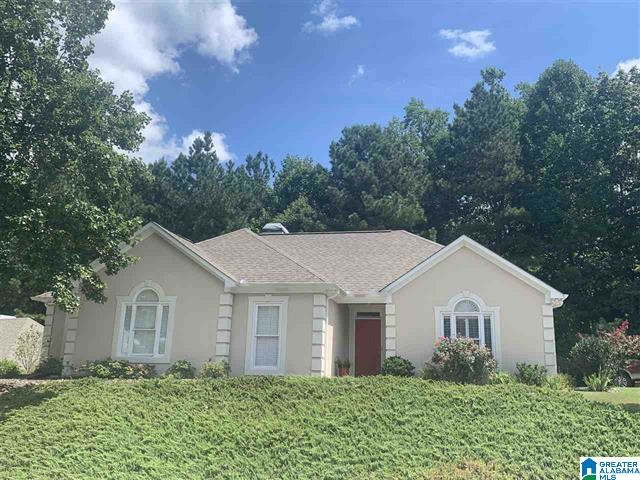 Updated 3-Bedroom House In Greystone